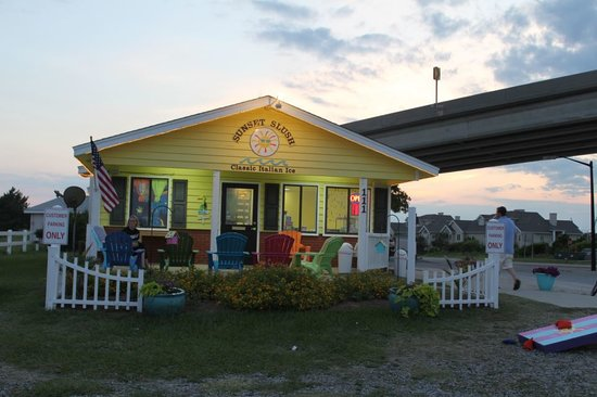 Sunset Slush of Holden Beach - Classic Italian Ice & Ice Cream