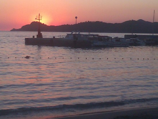 View from beach directly by Hotel Glavovic towards the harbour.