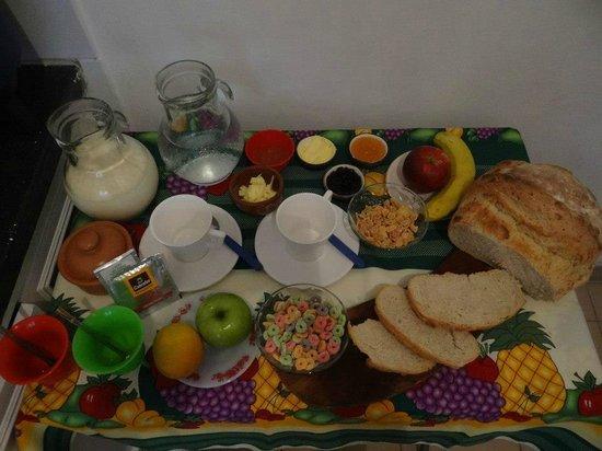 Malibu Hostel: desayuno