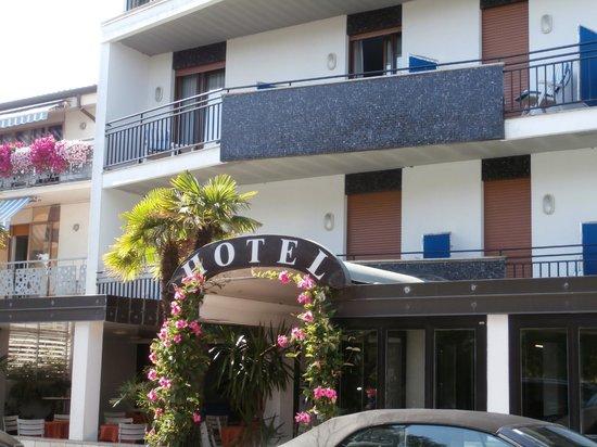Inserisci didascalia bild von hotel serena meuble grado for Hotel meuble villa patrizia grado