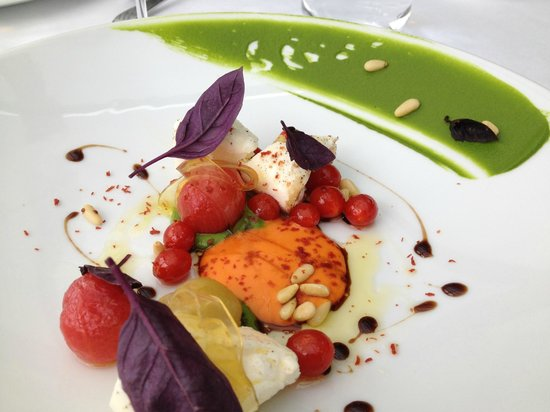 Restaurant Savoy : Burrata and Tomato salad