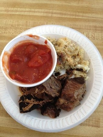 Snack Bar at Weaver Markets: POT ROAST STEWED TOMATOES MAC N CHEESE AND DINNER ROLL