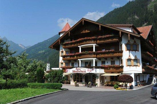 Hotel Edenlehen: Hotel entrance