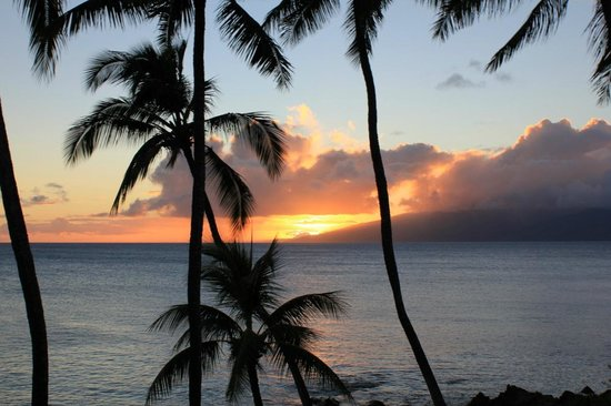 Napili Kai Beach Resort: sunset from our room