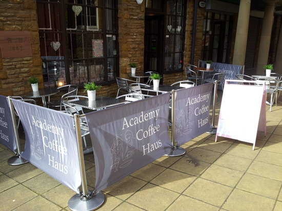 Academy Coffee Haus: new outside seating area