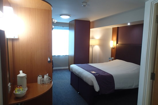 Premier Inn Leicester City Centre Hotel: bedroom