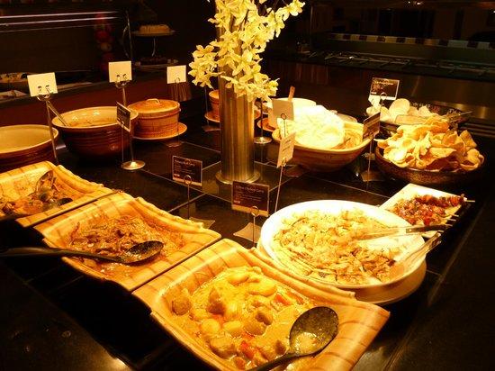 Eatto: Curries & Thai