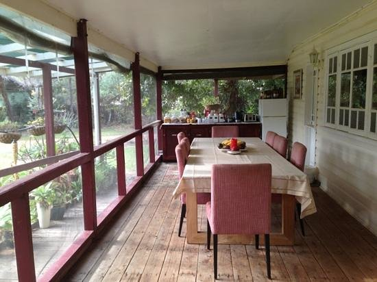 Laurels of Chinchilla: the breakfast area