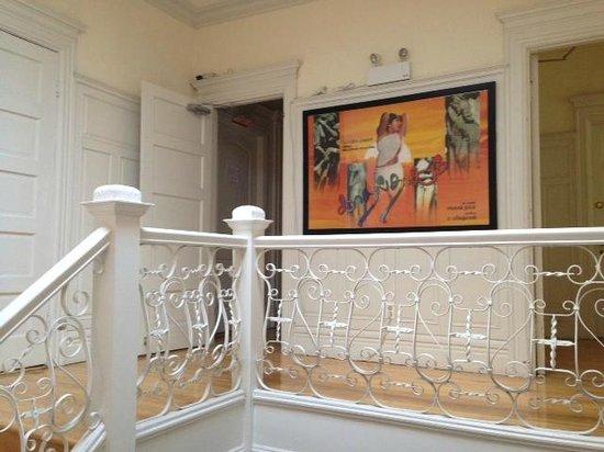 Casa Bianca : 2nd Floor Hallway