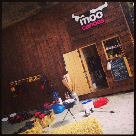 Moo Canoes Ltd.: MooCanoe set-up
