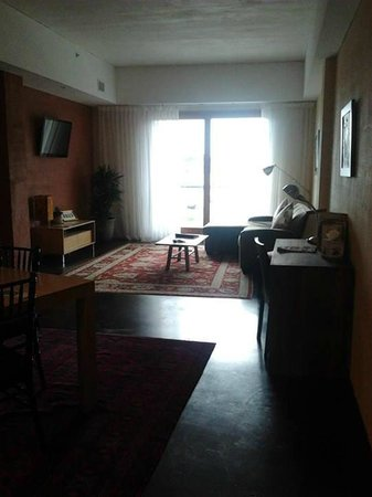 Inn at The Black Olive : Living Room