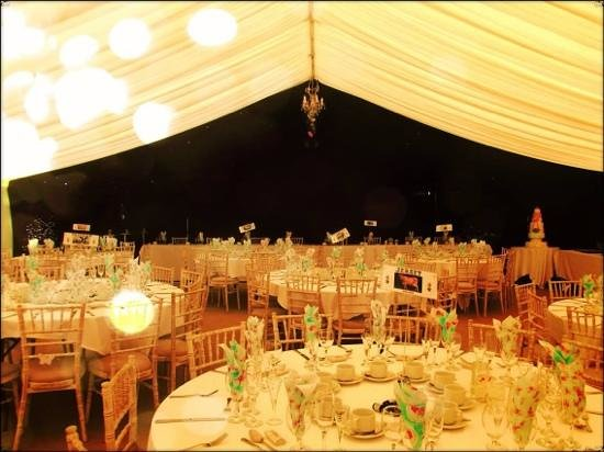 Park Farm Shop and Tea Rooms: Marquee after Park Farm caterers had set the tables
