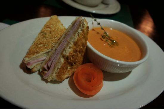 Prospect Tavern Beef & Ale: Tomato Soup and Provolone Swiss