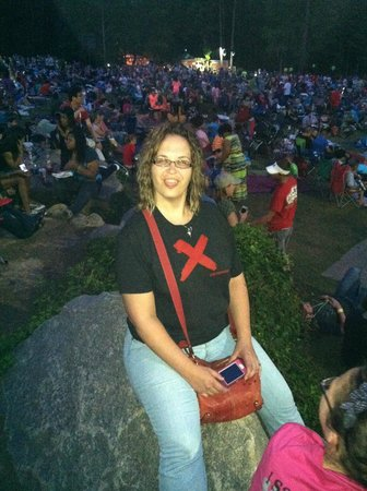 Lasershow Spectacular at Stone Mountain Park : Saturday Night Crowd
