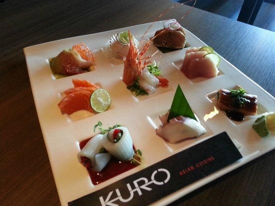 Sashimi plate photo de kuro asian cuisine chilliwack for Accord asian cuisine