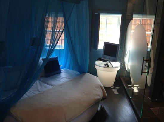 Boutique B&B Kamer01 : The blue room