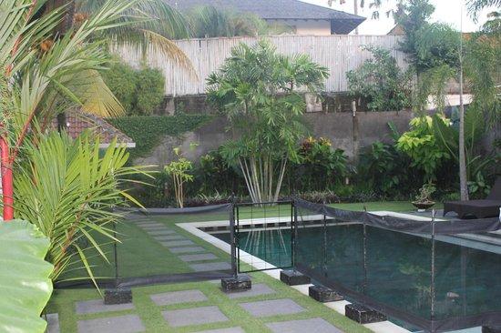 Umah Watu Villas: Corra Villa II Pool & Garden