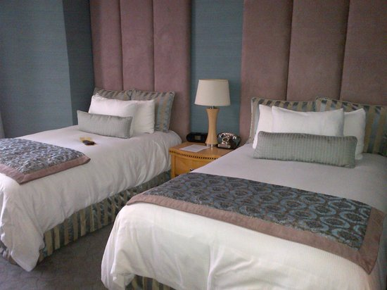 The Belamar Hotel: The bedroom