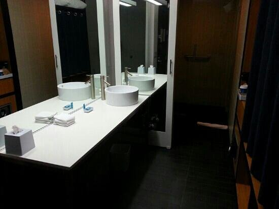 aloft Winchester: Bathroom/Vanity area
