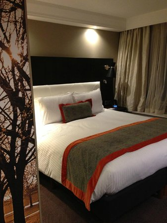 DoubleTree by Hilton - London Hyde Park: Comfortable bedding