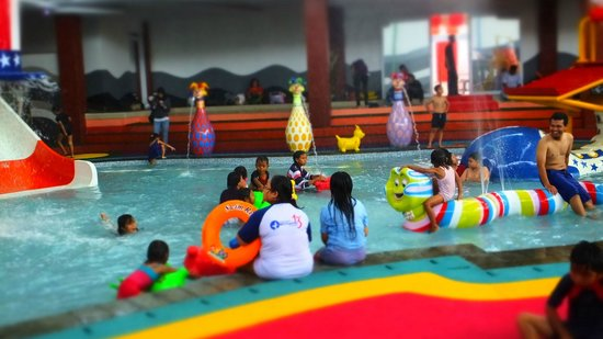 Sirkus Waterplay Jatiasih Bekasih #8