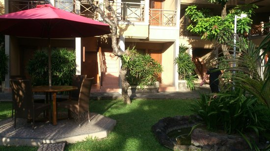 Dewi Sri Hotel : rooms