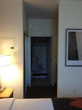 Residence Inn Poughkeepsie: Bathroom in King Studio Room