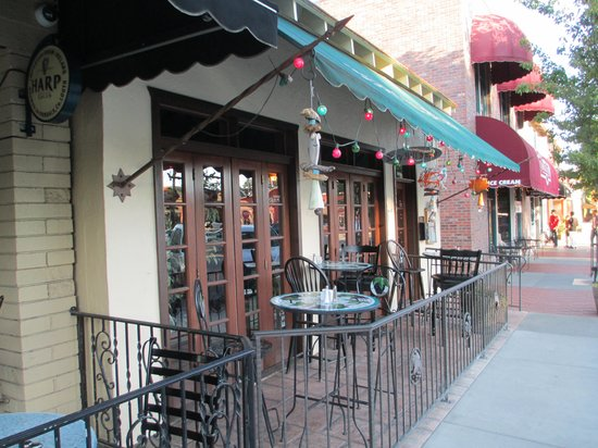 Berry Hill Bistro patio