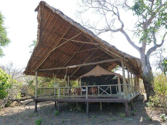 Katavi Wildlife Camp: Our banda