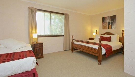 Grosvenor Court Apartments: Two Bedroom - 2 Queen