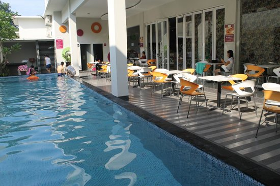 pool area picture of favehotel kusumanegara yogyakarta region rh tripadvisor ie