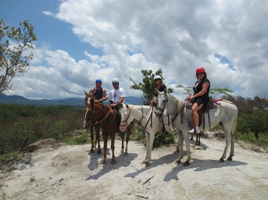 Tamarindo Best Tours: horse back riding combo tours