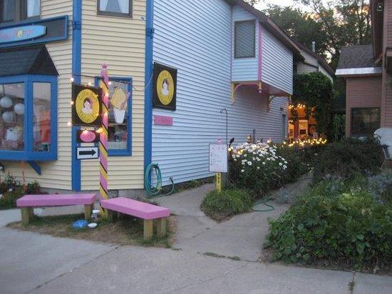 Little Bee's Italian Ice: 309 N. Saint Joseph Street