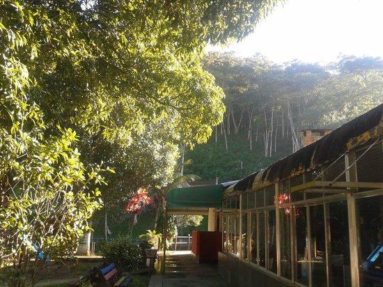 Cachoeiras de Macacu, RJ: Área do restaurante