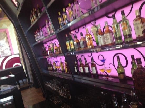 Hotel Riu Palace Bavaro: check out Elise at the bar. shes Amazing