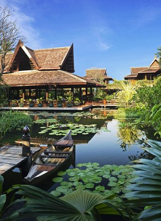 Angkor Village Hotel: Hotel Lotus Pond