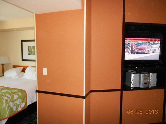 Fairfield Inn & Suites Bend Downtown : Living room area