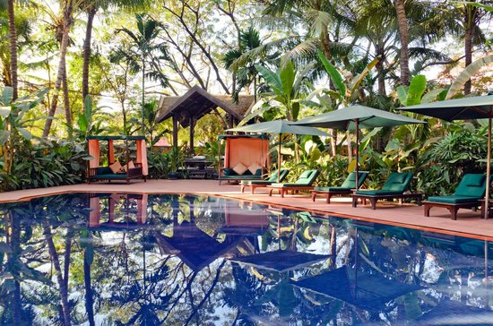 Angkor Village Hotel: Swimming Pool