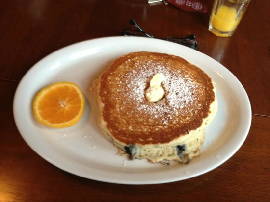 Historic Requa Inn : Blueberry pancakes