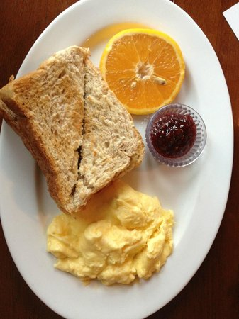 Historic Requa Inn : Scrambled eggs