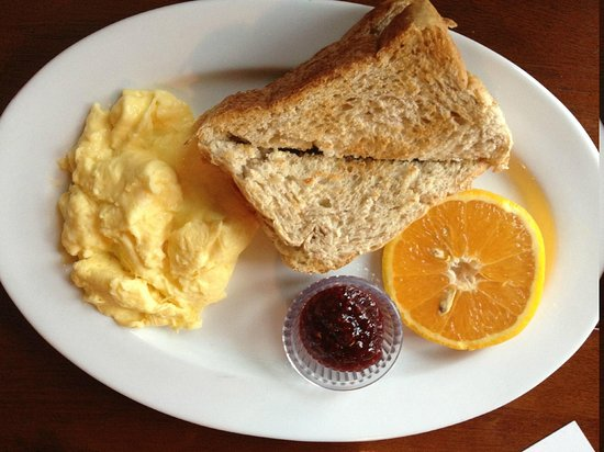 Historic Requa Inn: Scrambled eggs