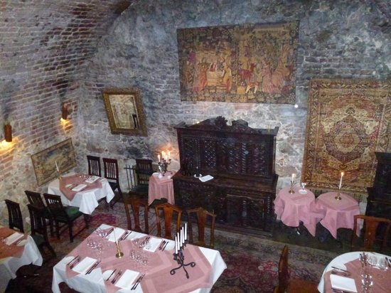 Orlowska Townhouse: Cellar Restaurant