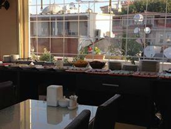 Serenity Hotel Istanbul: Buffet Table
