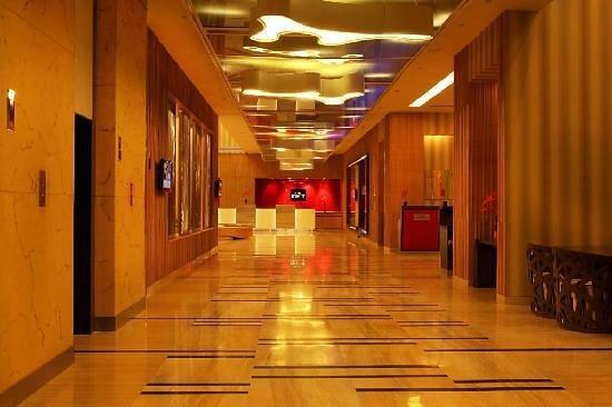 The Metropolitan Hotel & Spa New Delhi : Hotel Lobby Area
