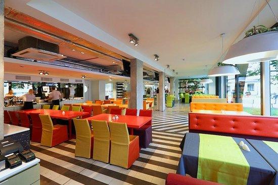 Days Hotel Riga VEF: Restaurant