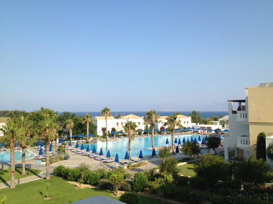 Neptune Hotels - Resort, Convention Centre & Spa: Blick von unserem Hotelzimmer (Familienzimmer)