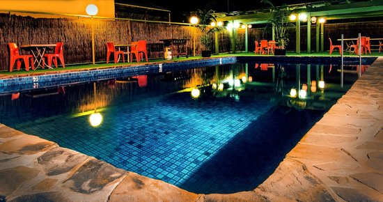 Comfort Inn Regal Park : Outdoor Swimming Pool