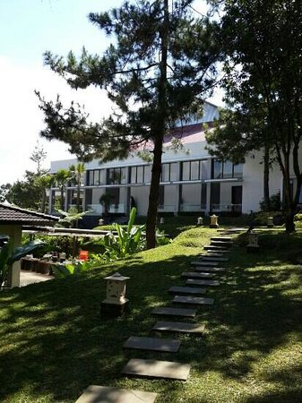 Lembang Asri: convention hall
