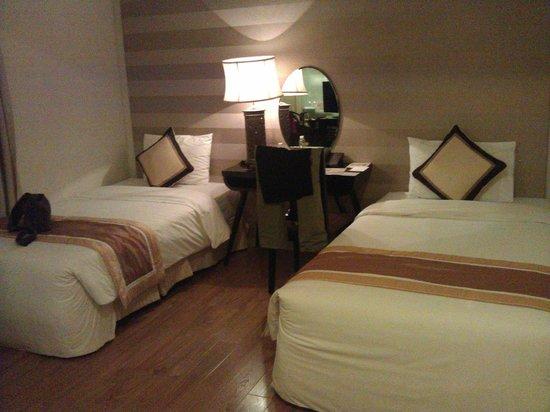 Cosiana Hotel Hanoi : Twin room