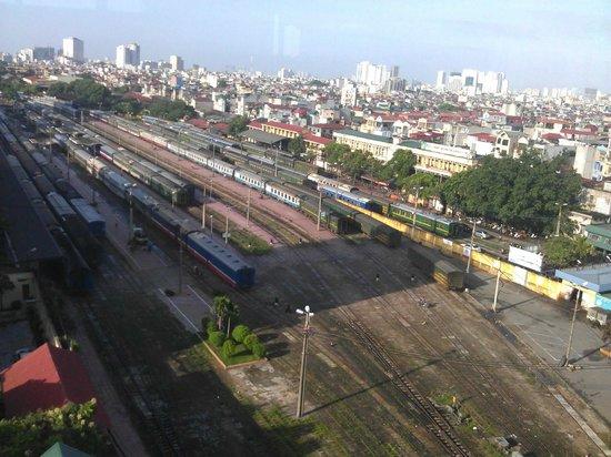 Cosiana Hotel Hanoi : View from hotel restaurant from 8th floor (breakfast buffet)